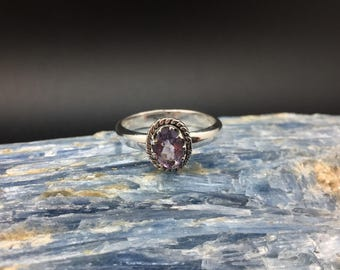 Amethyst Ring // 925 Sterling Silver // Etched Oval Setting // Amethyst Silver Ring