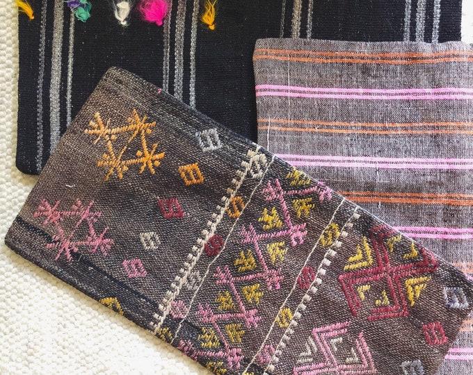 Vintage Kilim Pillow Cover / Handmade Turkish Kilim Pillow / 12in by 24in Lumbar Pillow / Farmhouse Boho Home Decor