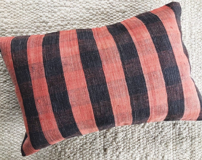 Farmhouse Plaid Pink Pillow / Handmade Turkish Textile Pillow Cover 16in by 24in / Boho Rustic Home and Patio Decor / Housewarming Gift