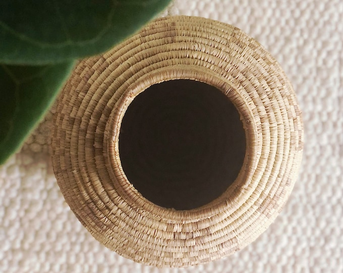 Vintage Coil Basket / Bohemian Home or Wedding Decor / Farmhouse Style Basket or Vase