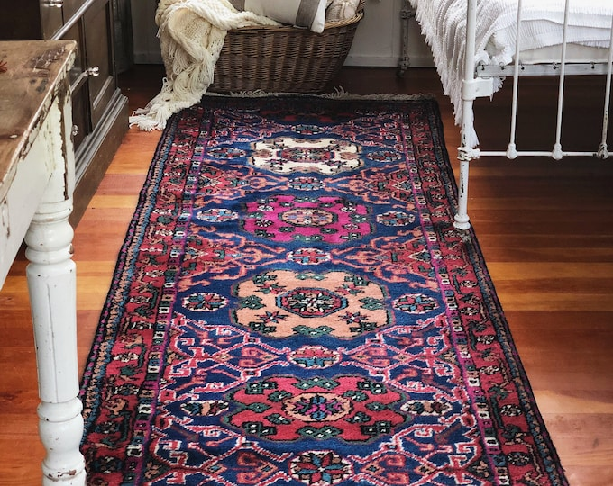 Gorgeous Vintage Turkish Wool Runner Rug / Farmhouse Boho Home And Kitchen Decor / Long Bohemian Runner