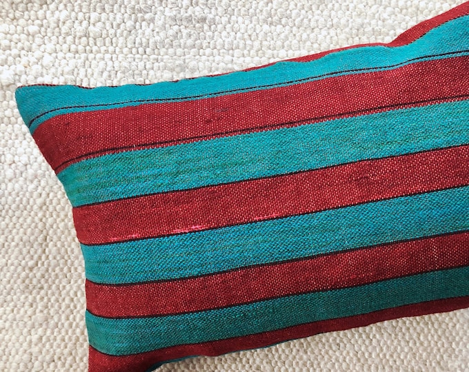HOLIDAY COLLECTION / Handmade Kilim Pillow Cover / 16in by 24in Decorative Christmas Pillow / Farmhouse Rustic Holiday Decor or Gift Idea