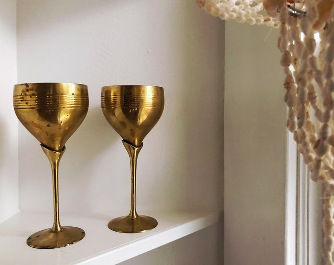 Pair of Brass Wine Goblets / Boho Brass Wedding Decor or Gift / MCM Hollywood Regency Brass Barware or Hostess Gift