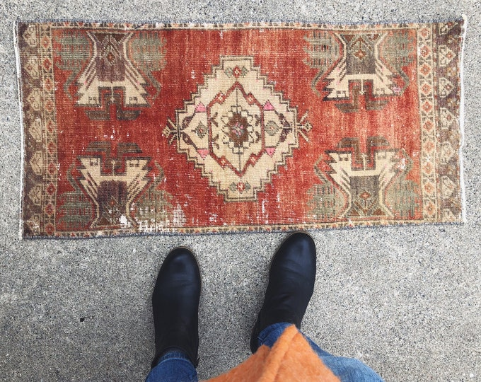 Vintage Handmade Wool Rug / 3.5ft X 1.5ft / Red-Burnt Orange Boho Turkish Rug / Eclectic Farmhouse Home Decor / Vintage Nursery or Kitchen
