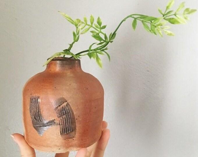 Unique Stuido Pottery Vase / Vintage Clay Vessel / Minimalist Bud Vase