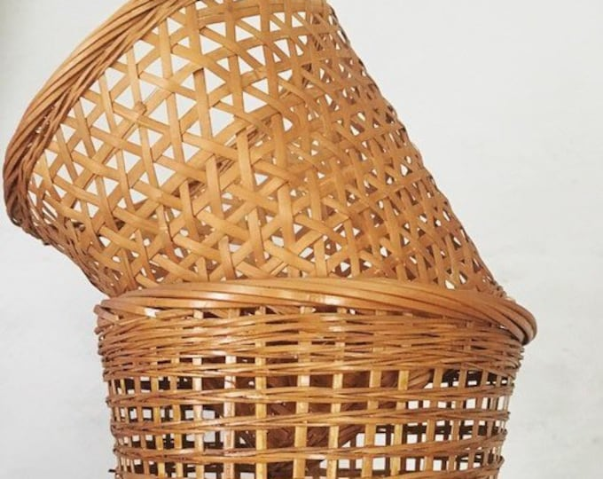 Pair of Small Wicker Basket Planters / Boho Home or Wedding Decor / Vintage Woven Plant Holders