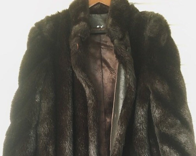 Faux Fur Dark Brown Black Womenas Coat / Vintage 70s Fur Coat / Winter Wedding or Holiday Fur