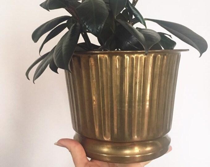 Mid Century Modern Brass Planter / Vintage Solid Brass Indoor Plant Holder / Boho or Farmhouse Home and Wedding Decor Brass Pot