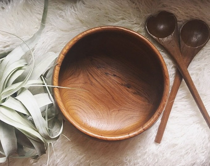 Vintage Wooden Serving Bowl and Utensils / Farmhouse Home and Kitchen / Bohemian Wooden Serving Dishes