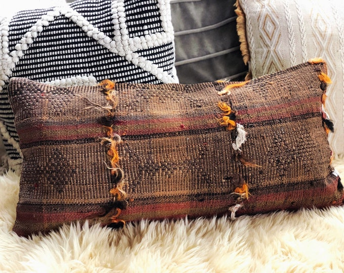 Handmade Kilim Lumbar Pillow Cover / Vintage Turkish Rug Pillow / 12in by 24in Decorative Kilim Pillow / Bohemian Farmhouse Fall Decor