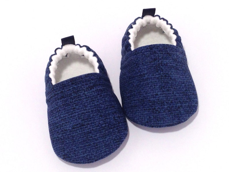 32275f23f2b55 Navy Baby Shoes, Soft Sole Baby Shoes, Blue Baby Booties, Blue Toddler  slipper, Baby Shower Gift, Gender neutral baby gift, baby moccs