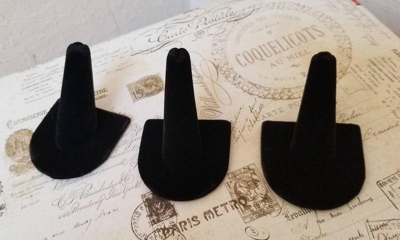 Tool To Showcase Ring Set of 3 Black Velvet Ring Display Holder Single Ring