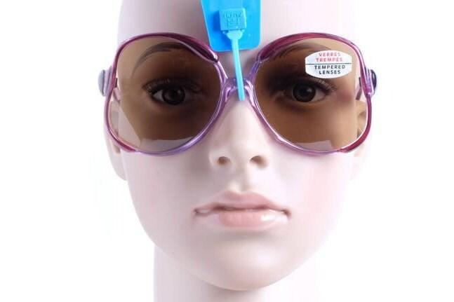 Gafas de sol de stock Vintage vintage de coleccionista