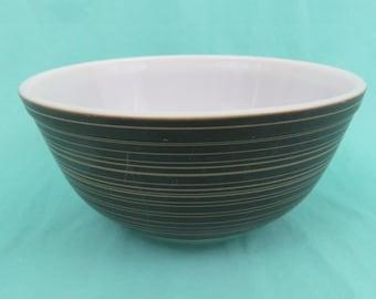 Vintage Pyrex  Black Terra Nesting Mixing Bowl 403 Ovenware 2 12 quart