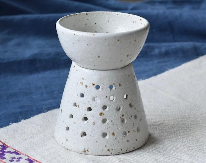 Featured listing image: Ceramic Oil Burner -  Speckled