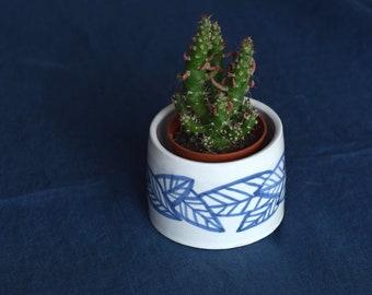 Small Ceramic Planter - 'St Vincent'