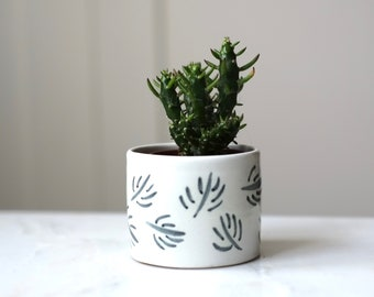 Small Ceramic Planter- 'Charcoal Twigs'