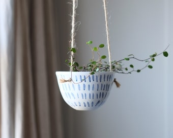 Small Ceramic Hanging Planter - 'Lacuna'