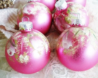Set of 11 Pink and White Gingham Christmas Ornaments Pink Christmas Fan and Parasole Ornaments Balls Vintage Angels Made in Japan