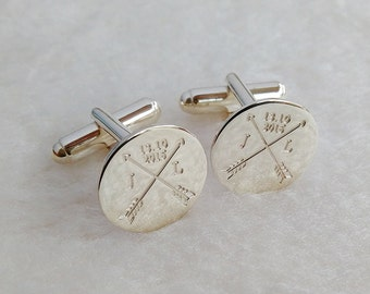 Arrows Date and Initials Cufflinks,Crossed Arrows Wedding Cufflinks,Groom Wedding Cufflinks,Engraved CuffLinks,Elegant Monogrammed Cufflinks