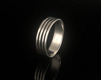 2681d3cd84fc Banded Silver Ring // Striped Silver Ring // Silver Band Ring // Sterling  Silver // Size 8, 9