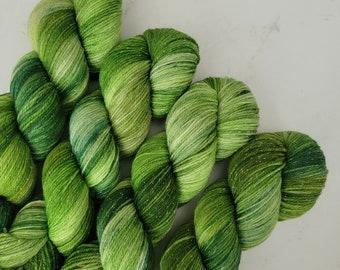 Lucky Clover Green Tonal Variegated Hand Dyed Sparkle Sock Yarn   Fingering superwash merino nylon lurex yarn Y014