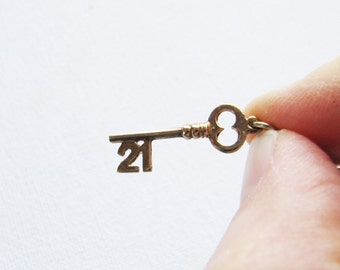 Vintage 9ct Gold 21st Key Pendant 9K Yellow 21 Charm 9 Carat Birthday Gifts Traditional For Her