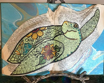 Pacific Green Turtle book sculpture