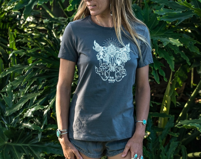 Kai Indie Jewelry Illustration Gray Tee Shirt Women's Shirt