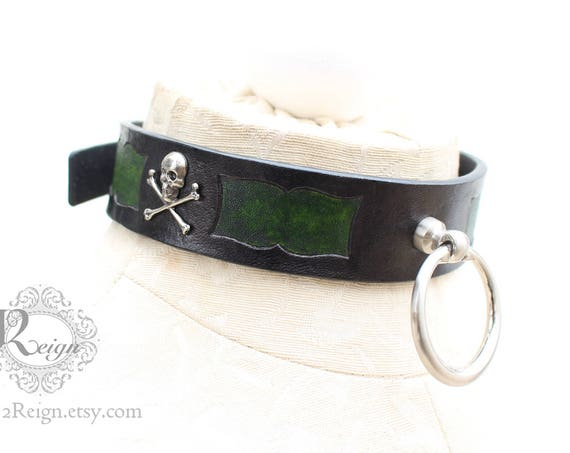Fetish leather collar- Pirate design. READY TO SHIP! 1 Medium (4-16in) available.