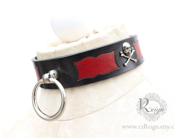 Fetish leather collar- Pirate design. READY TO SHIP! 1 Medium (4-16in) and 1 Large (16-18in) available.