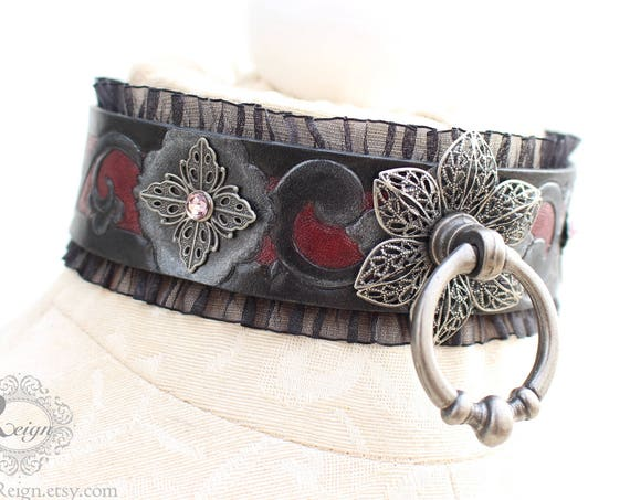 "Fetish leather collar- ""Garden of Otherworldly Delights."" READY TO SHIP! Size: Small (12-14 in)"