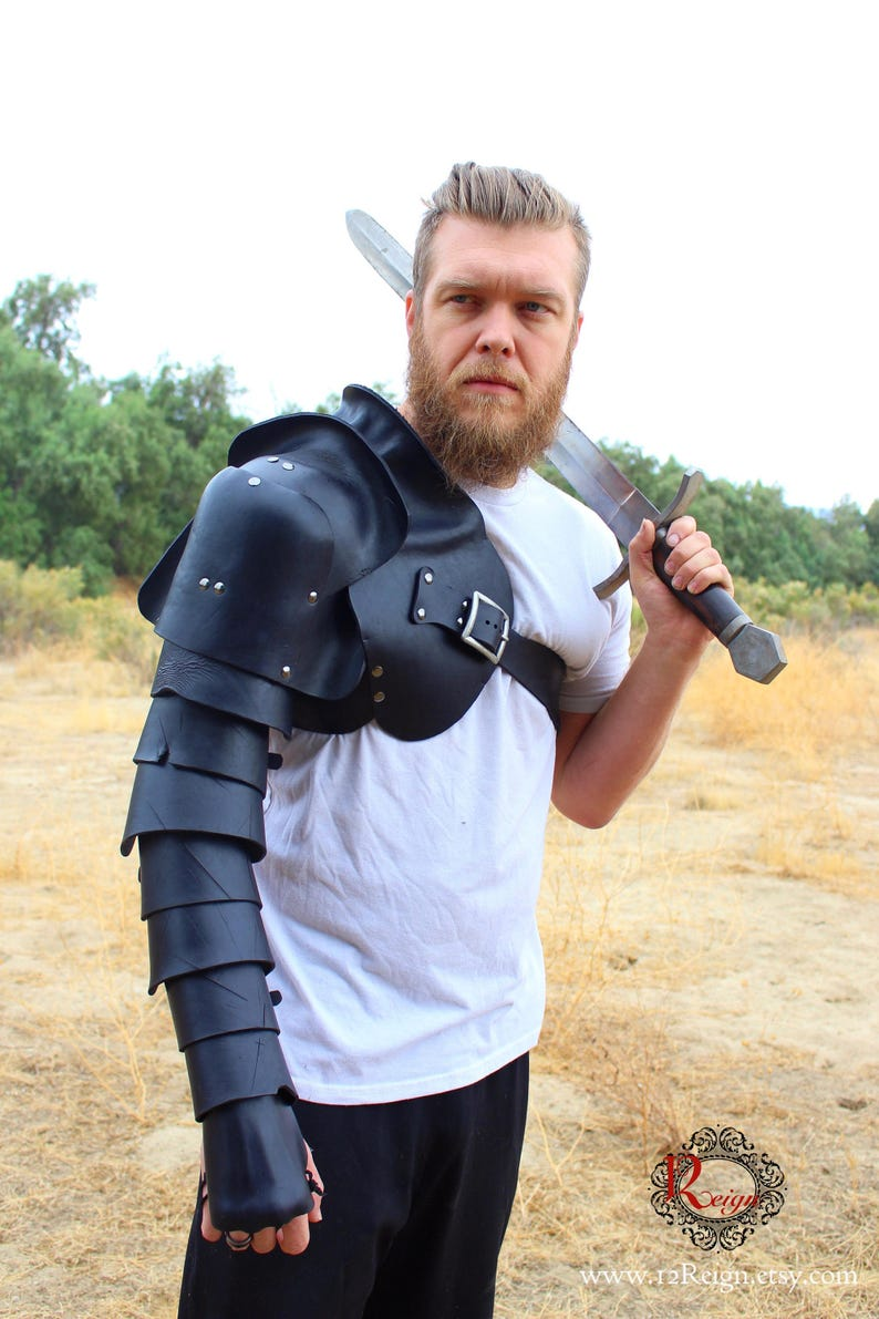 Leather Spartacus Armor RIGHT ARM ONLY. battle ready Gladiator single arm  pauldron with integrated arm plates and hand guard