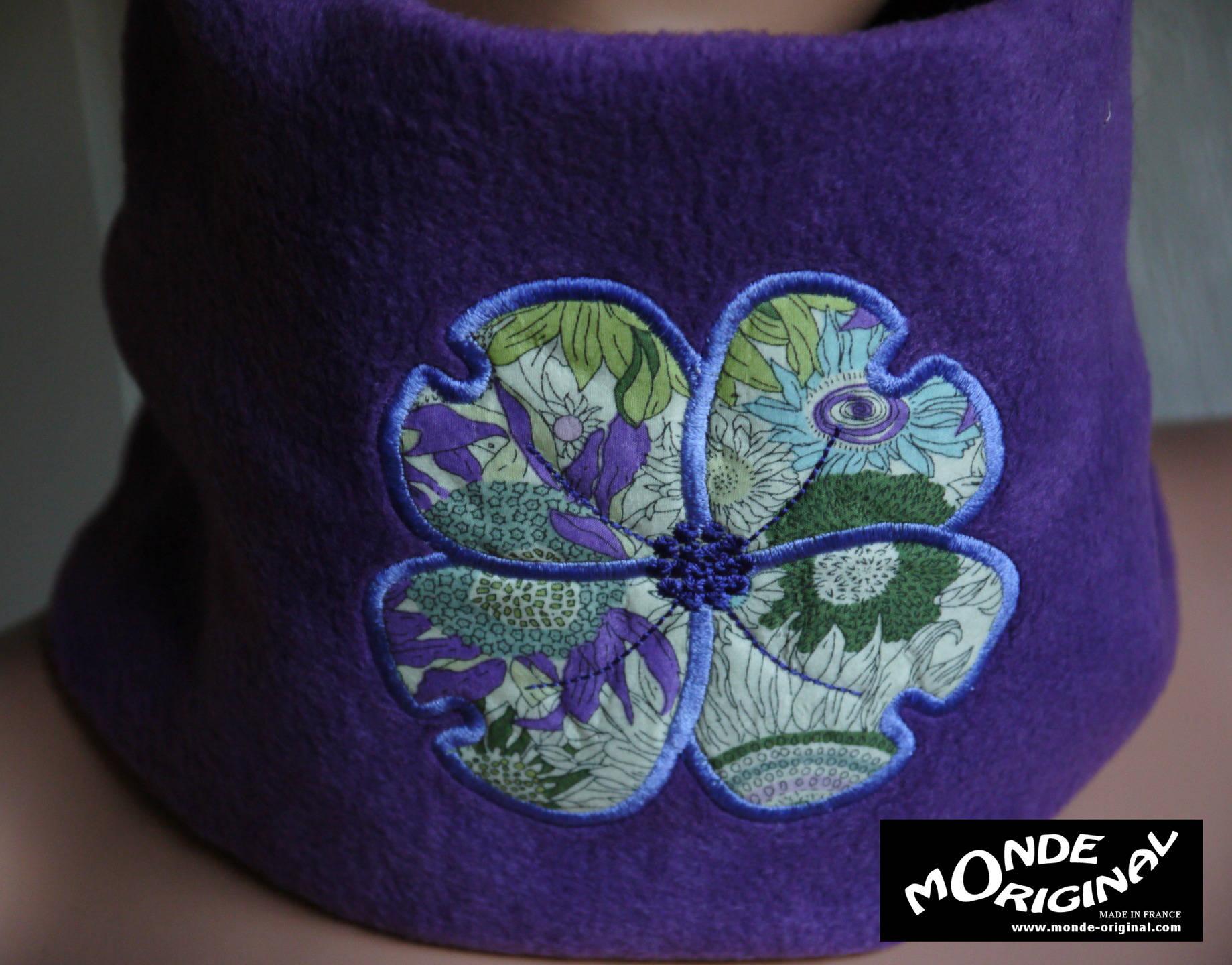 snood charpe cache cou enfant violet fleur brod en. Black Bedroom Furniture Sets. Home Design Ideas