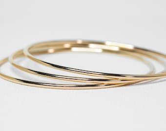 Set of Three Thick Gold Bangles | 14k Gold Filled Bracelet Thick Gold Bangles Bangle Bracelet Hammered Bangle Simple Gold Bangle Gift