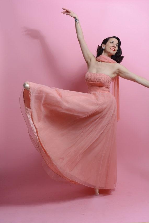 1950's peach full length chiffon ball gown •Elegan