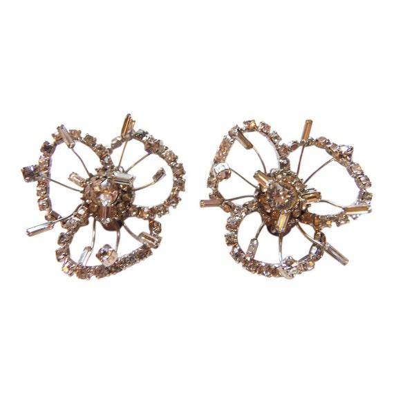 Marvella Rhinestone Flower Earrings Vintage 1950 R