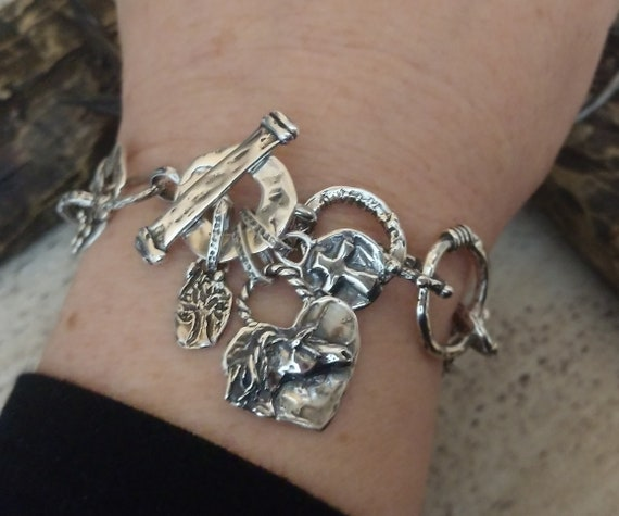 Equestrian Jewelry Mothers Day Gift Horse Lover Gift Horse Show Gift Horse Mom Bracelet Personalized Horse Gift Horseshoe Charm Bangle