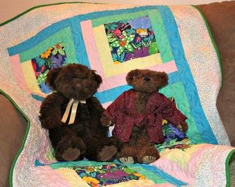 Baby Quilt with Fancy Animals, Baby Shower, Crib Quilt, Boy Quilt, Girl Quilt, Baby Blanket, Handmade Quilt, Crib Blanket, Baby Quilt
