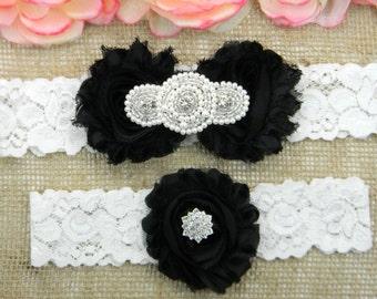 Black Wedding Garter Set, Wedding Garter, Lace Bridal Garter Set, Keepsake Garter, Toss Garter, Pearl and Crystal Rhinestone Wedding Garter