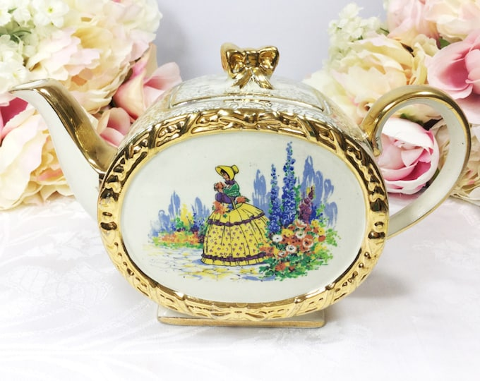Sadler Barrel Crinoline Teapot, English Gold Chintz Teapot, English Barrel Teapot, Perfect for Tea Party, Wedding, Tea Time #A136