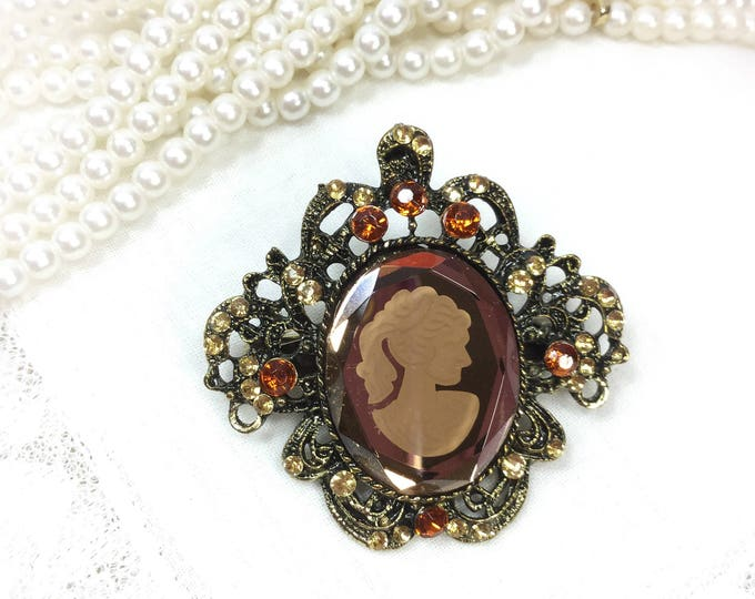 Vintage Cameo Brooch, Cameo Pin, Cameo Jewelry, Victorian, Dress up Jewlery, #B106