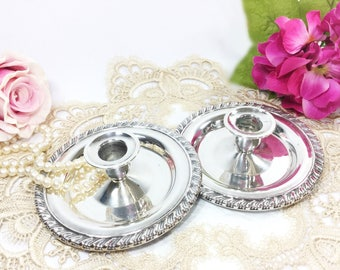 Exquisite Silverplated Candlesticks, Set of 2, Oneida Silver Candlesticks, Formal Dining, Wedding Gift #B070