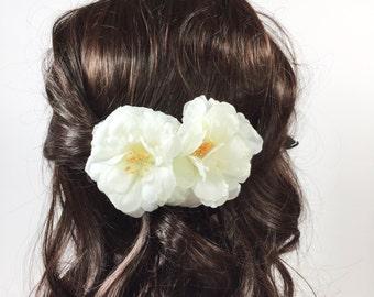 Boho White Camellia Flower Hair Comb, Flower Hair Pin, Holiday Gift, Bridesmaid Gift, Birthday, Wedding #A151