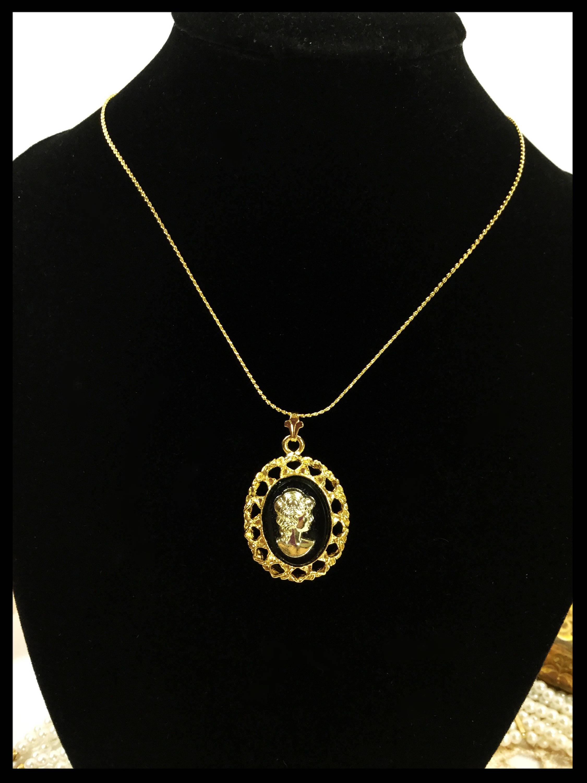 Fabulous vintage black gold cameo necklace black cameo pendant fabulous vintage black gold cameo necklace black cameo pendant cameo jewelry victorian jewelry b235 aloadofball Images