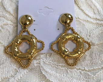 Nautical Life Ring Post Earrings. Gold Tone Life Savers. Life Preserver Lifebuoy Lifesaver Beach Jewelry. Cruise Souvenir. Drop and Dangle
