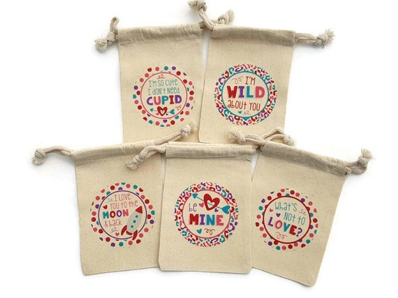 Personalized Valentine/'s Day Party Favors   Muslin Valentine Treat Bags Vintage Truck Item 1775A Set of 10