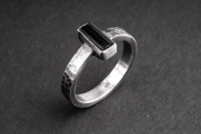Raw Black Tourmaline Hammer Textured Oxidised  No6 Size 13 US Mens Ring  Jewellery Sterling Silver