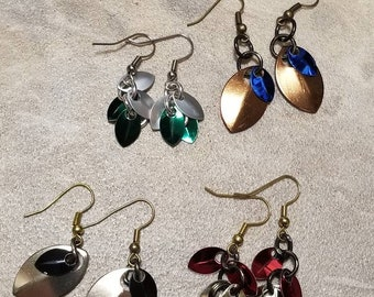 Hogwarts House Colors Earrings - Dragon scales - Gryffindor Slytherin Ravenclaw Hufflepuff - Scale mail Dangle Earring