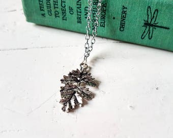 Leaf Necklace // Leaf Jewelry // Nature Jewelry // Woodland Jewelry // Gift for Nature Lover // Oak Jewelry